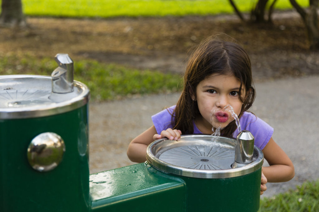 Environmental Action at Work: Cleaner water Photo: SuperStockShots/Shutterstock