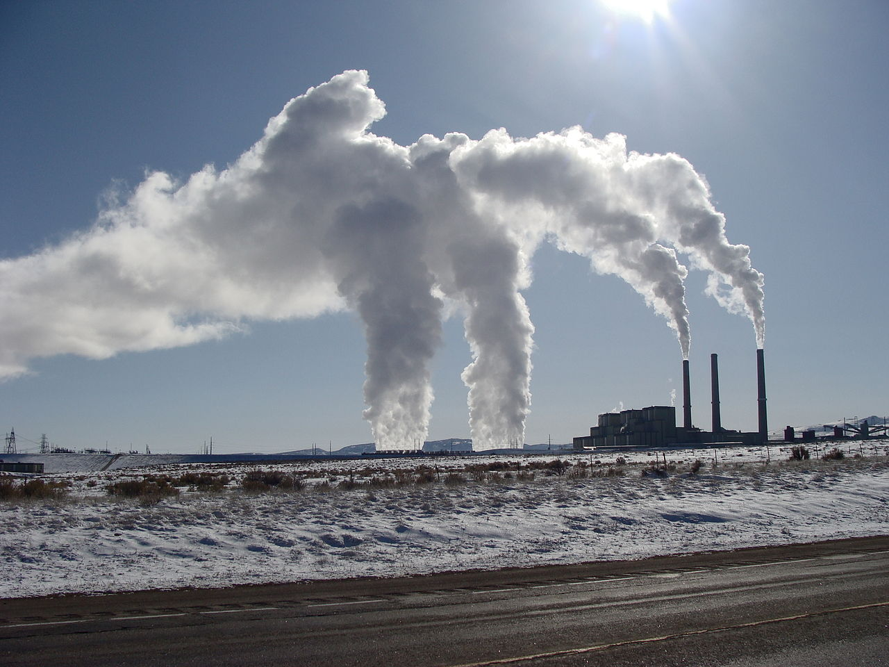 Coal power plant (Photo: Flickr user Jimmy Thomas CC 2.0)